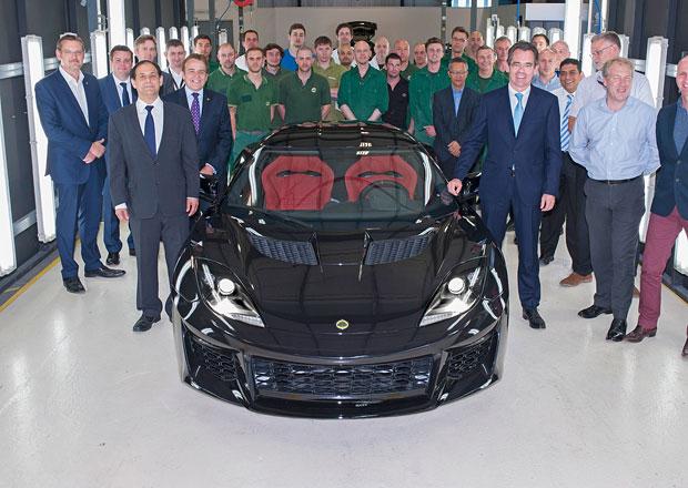 Lotus zahájil výrobu Evory 400