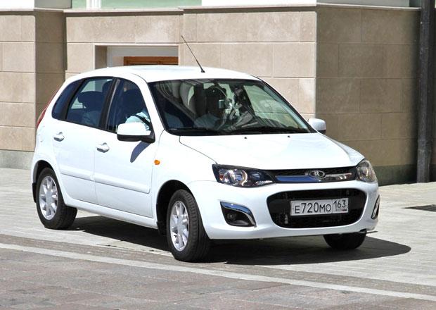 Prodej aut v Rusku v pololetí klesl o více než třetinu