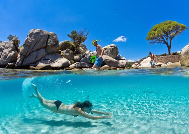 Korsika: Tis�c kilometr� pob�e��