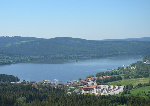 České moře ožívá na suchu