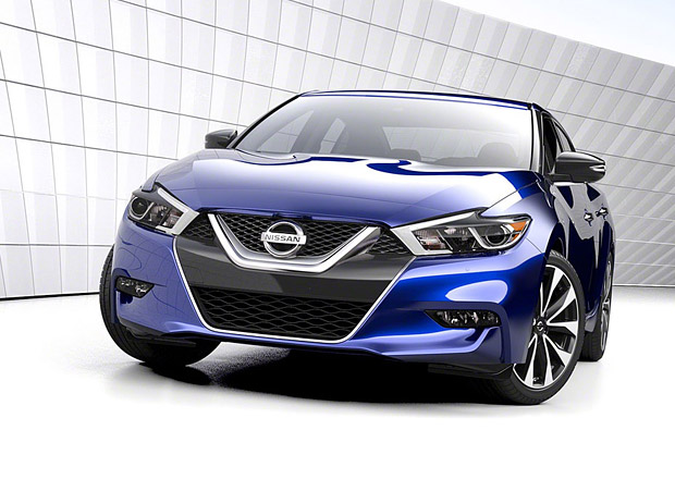 Nissan Maxima Nismo: Značka zvažuje pro a proti
