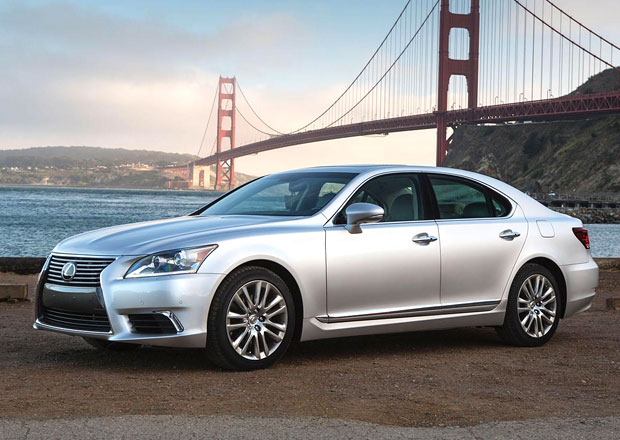 Lexus LS: Nová generace se odhalí na podzim
