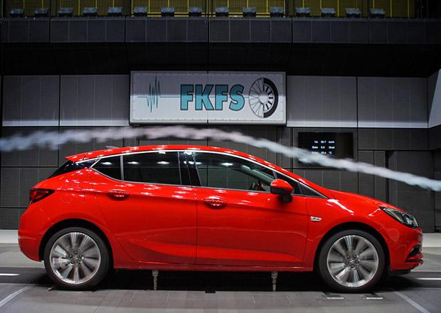 Opel Astra se chlub� n�zk�m sou�initelem odporu vzduchu