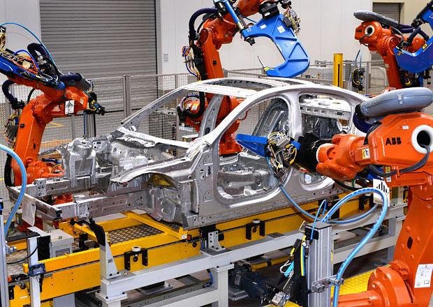 Jaguar Land Rover nejspíše postaví továrnu na Slovensku, práci by mohlo najít až 5000 lidí