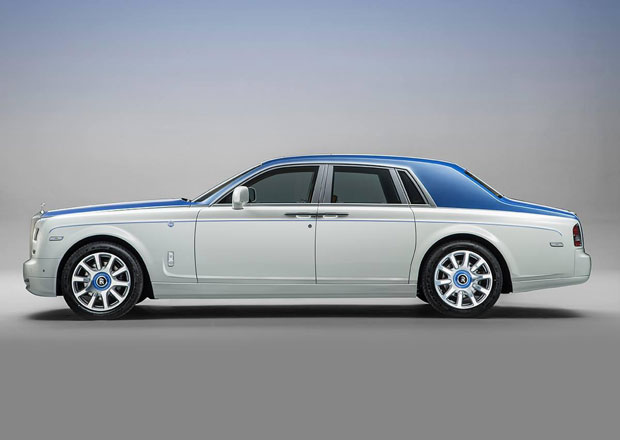 Rolls-Royce Phantom Nautica: Klasická jachta na kolech