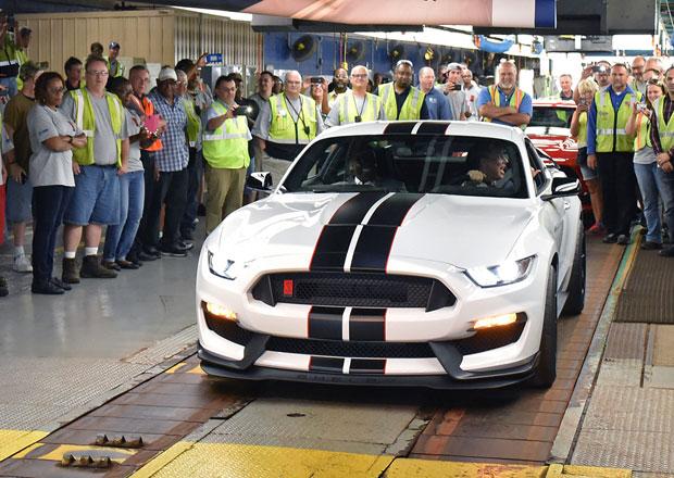 Ford zahájil výrobu Mustangu Shelby 350R