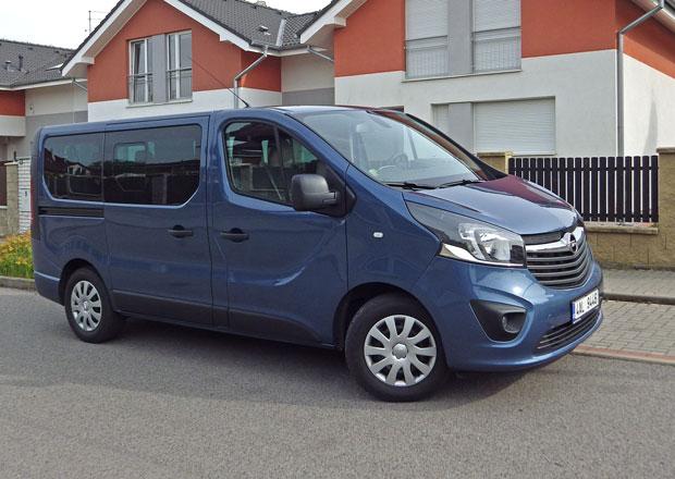 Opel Vivaro Combi 1.6 CDTI BiTurbo: Nejsilnější stopař