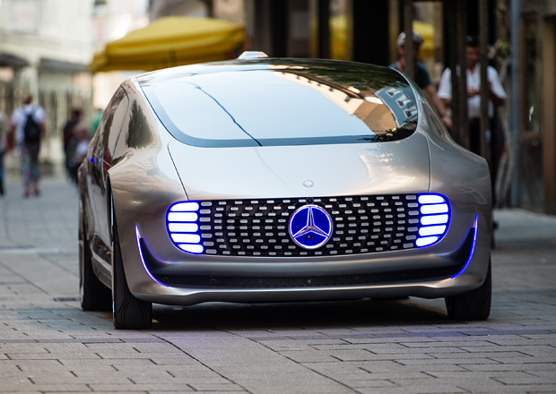 Mercedes-Benz potvrzuje vývoj elektromobilu