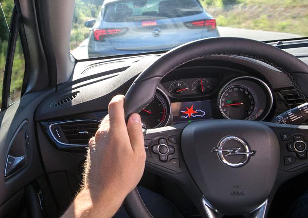 Nový Opel Astra představuje své asistenční systémy