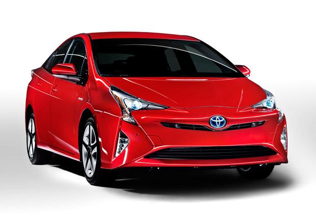 Toyota Prius 2016 je tady: V�t�� rozm�ry a v�razn� design