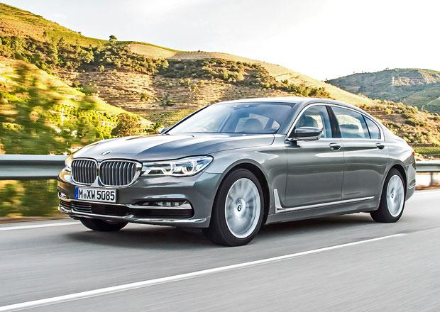 Nové BMW řady 7 jezdí skoro jako Rolls-Royce