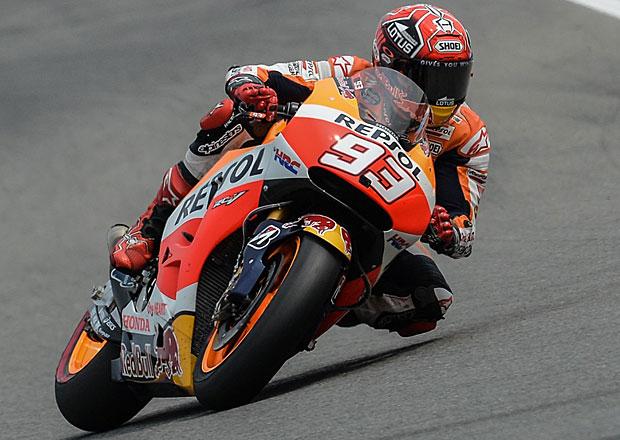 VC San Marina 2015: Mokrý závod MotoGP pro Marca Marqueze