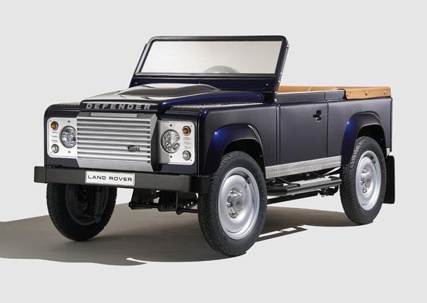 Land Rover Defender jako šlapací autíčko