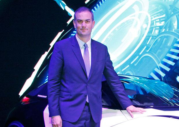 Šéf Peugeotu: Hybrid Air funguje, problémem je legislativa