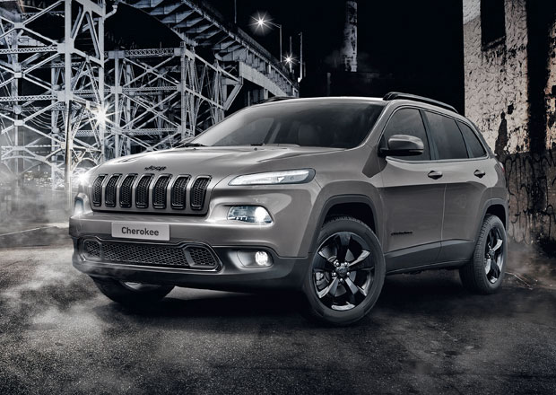 Jeep Renegade a Cherokee přijíždějí v edici Night Eagle