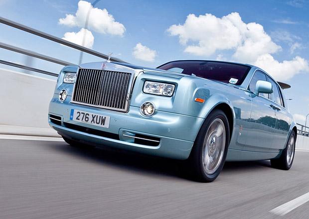 Rolls-Royce stále zvažuje sériový elektromobil