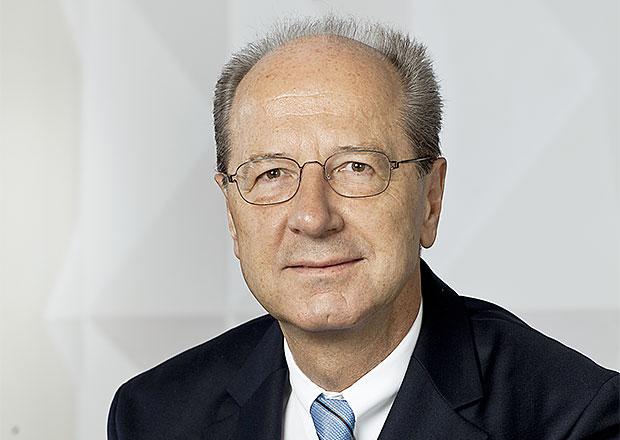 Volkswagen chce do �ela dozor�� rady finan�n�ho ��fa P�tsche