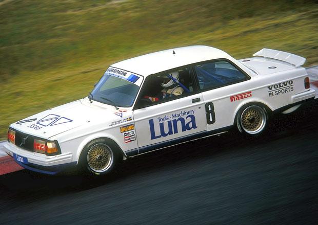 Volvo 240 Turbo vyhr�lo p�ed 30 lety ME cestovn�ch voz� a DTM