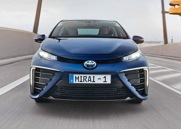 Toyota Mirai by mohla dostat vodíkové sourozence