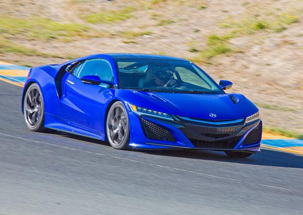 Honda NSX: Čtyřmotorový supersport má 582 koní