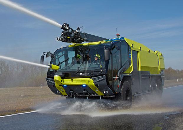 Rosenbauer Panther: Nová generace hasičského speciálu (+videa)