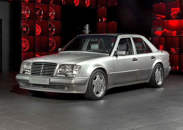 Mercedes-Benz E 60 AMG: Vzácná čtyřka s interiérem od Overdrive