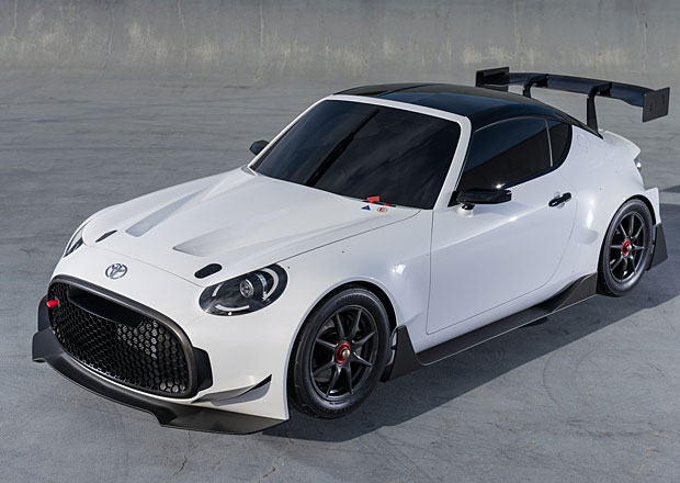 Toyota S-FR Racing Concept: Rozběsněný bonbónek s potenciálem