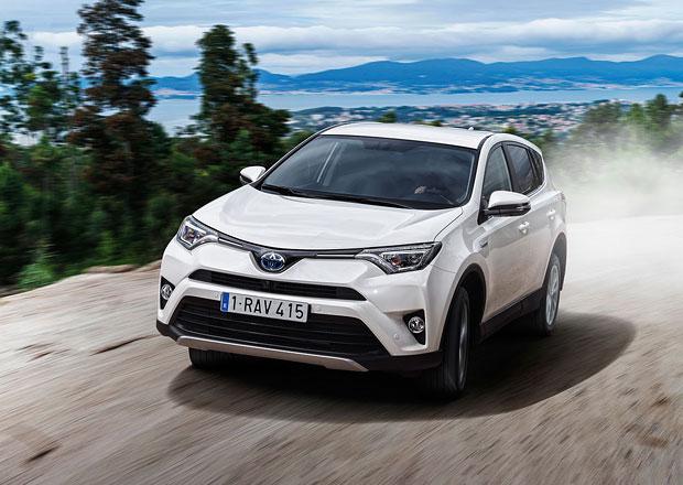 Modernizovaná Toyota RAV4 přijíždí na český trh, Hybrid stojí od 739.900 Kč