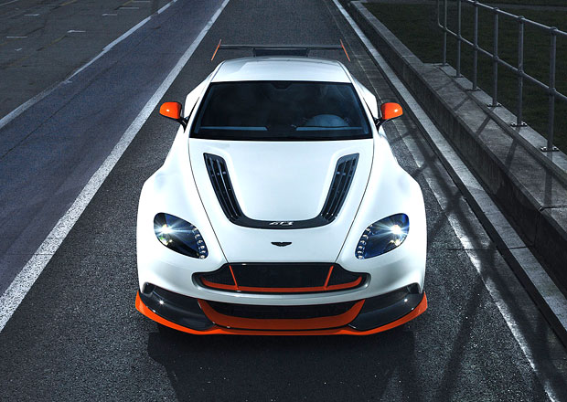 Aston Martin rozhodne o ��asti ve formuli 1 v lednu