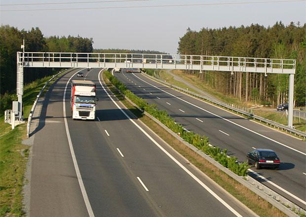 Soutěž na provoz mýtného nelze stihnout, připustilo ministerstvo