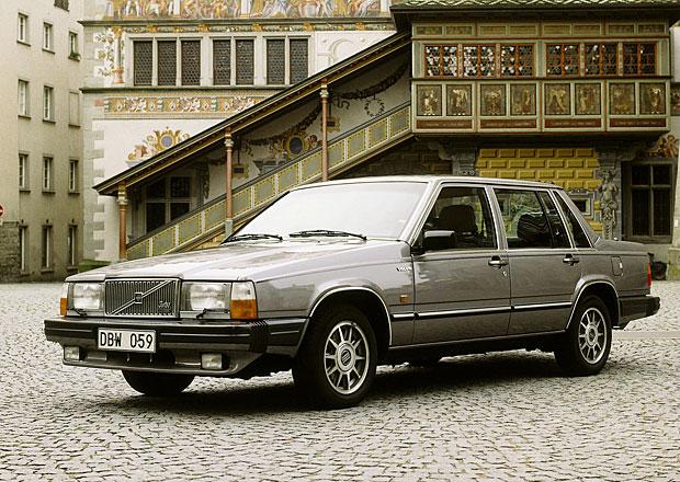 Automobilová prvenství II: Kdo měl jako první protiprokluzový systém, diesel s přímým vstřikováním nebo bezpečnostní pásy?