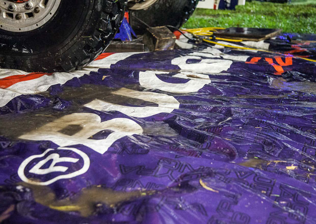 Dakar živě: 3. etapa. První vítězství pro Buggyru a zaplavený bivak.