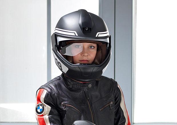 BMW motork���m: P�ilba s head-up displejem a laserov� sv�tlomety
