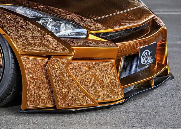 Kuhl Racing: Zlaté samurajské brnění pro Nissan GT-R
