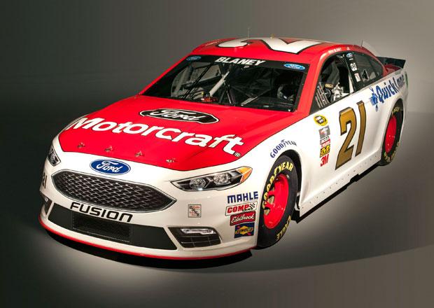 Ford zmodernizoval Fusion i pro NASCAR