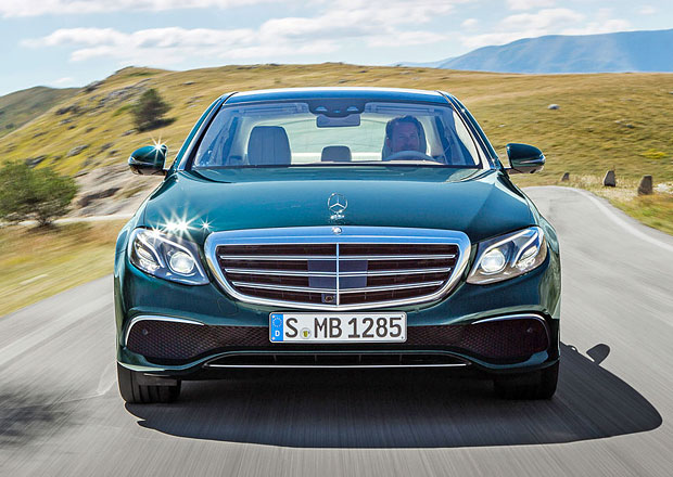 Nov� generace Mercedesu E odhaluje �esk� ceny