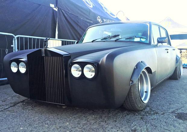 Je tohle ještě Rolls-Royce? Silver Shadow jako driftující speciál (+video)