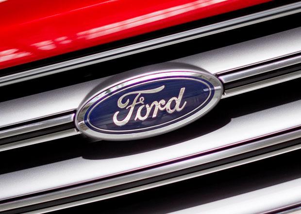 Ford loni zv�il zisk na �estin�sobek, prodej v USA je na rekordu