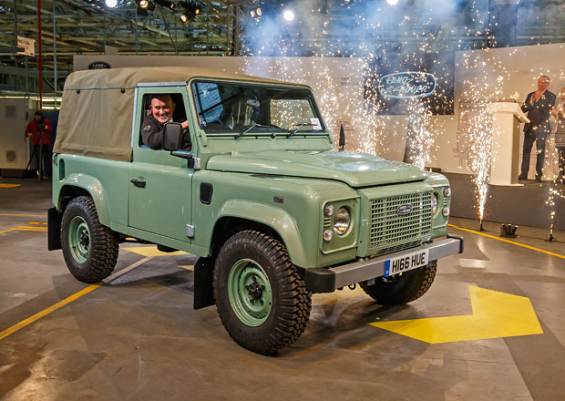 10 neznámých faktů o terénní legendě Land Rover Defender