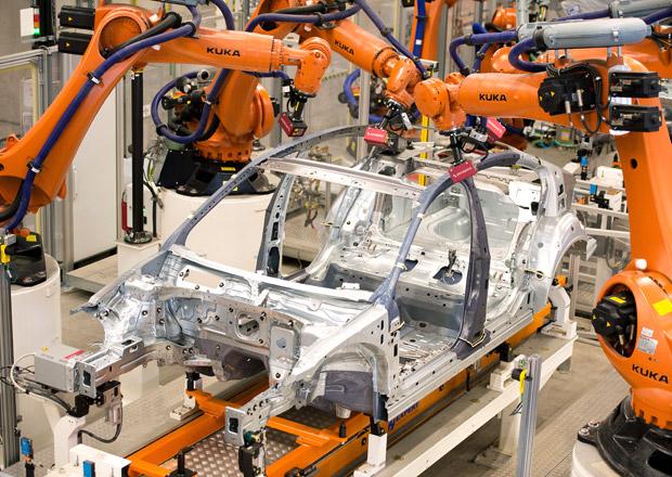 Volkswagen p�eru�il v�robu Passatu, kv�li technick� z�vad�