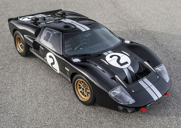 Superformance GT40 Mk II 50th Anniversary Edition p�ipom�n� slavn� v�t�zstv� v Le Mans