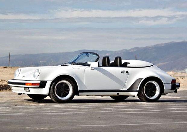 Komik Jerry Seinfeld prodává 16 vozů Porsche ze své sbírky