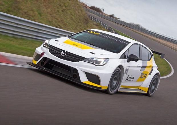Opel Astra TCR se připravuje na svou první sezónu (+video)