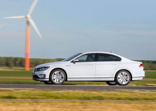 Volkswagen Passat GTE: Plug-in hybrid se spot�ebou 1,7 l/100 km stoj� 1.149.900 K�