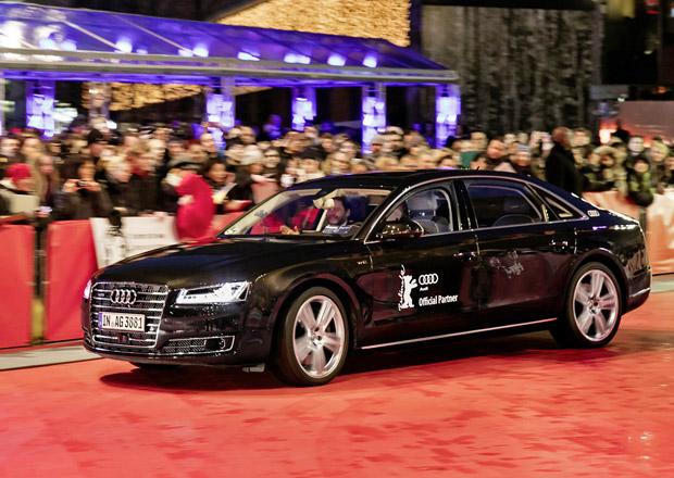 Autonomní Audi A8 L W12 vozilo filmové hvězdy