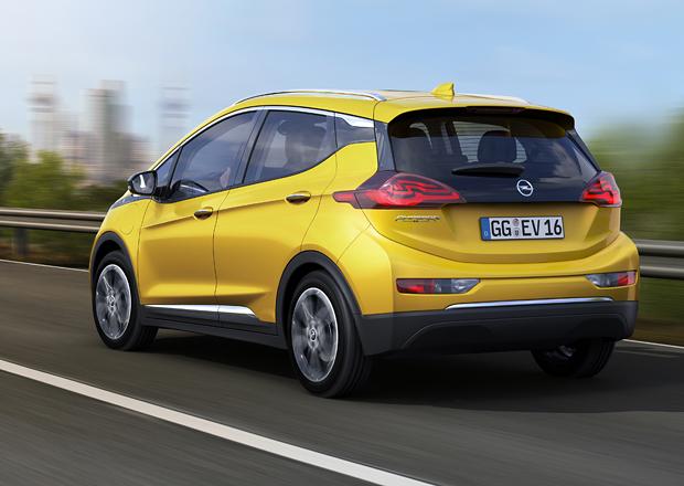Opel Ampera se bude op�t dov�et z USA