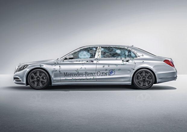 Mercedes-Maybach S 600 Guard: Luxusní sedan odolá kulkám útočné pušky
