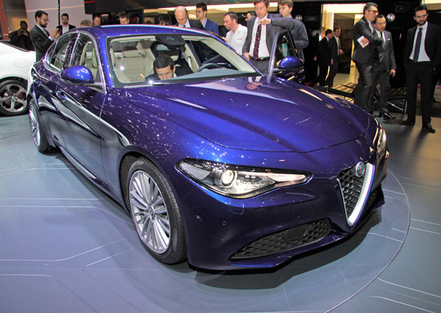Alfa Romeo Giulia: I standardn� verze jsou atraktivn�