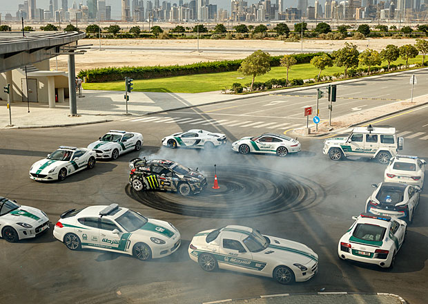 Video: Gymkhana 8 – Dubaj, souboj s Veyronem a spousta driftů