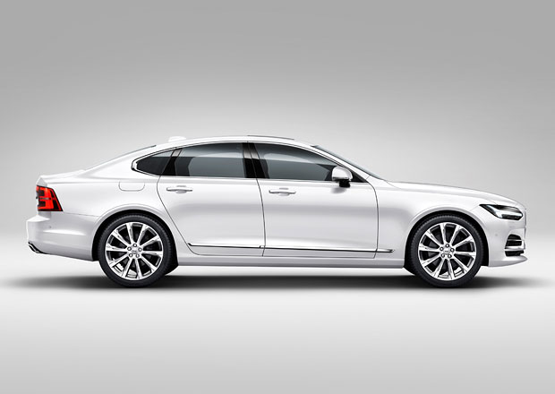 Volvo S90: Na �esk�m trhu stoj� nejm�n� 1.039.400 K�, m� to ale h��ek
